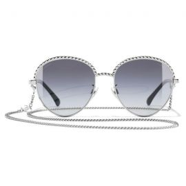 Chanel oval | silver gray