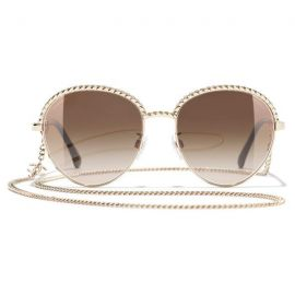 Chanel oval | Gold