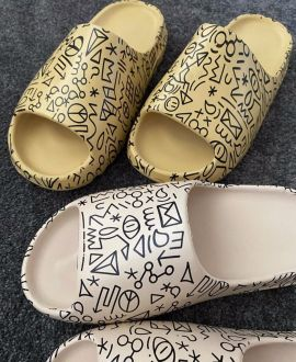 Yeezy Slide | kids | Customized 13 k ( 32)
